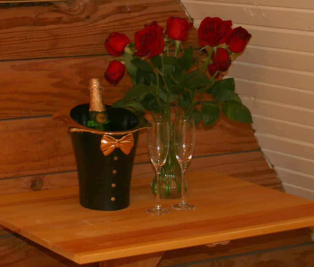 Valentine package in hot springs arkansas hamilton horz 22g dhlflorist Choice Image